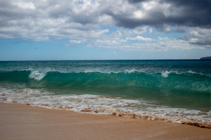The teal-turquoise waves at Makena Beach.